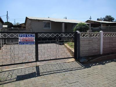 Property For Sale in Riverlea, Johannesburg